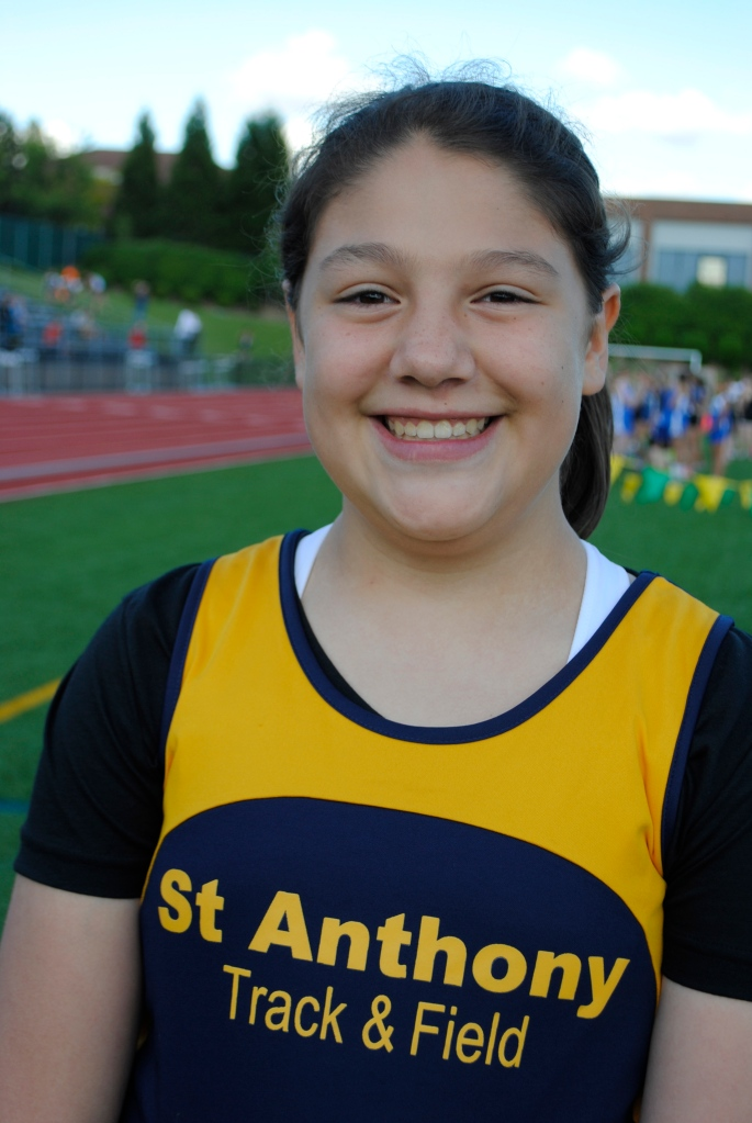 Shot Put Cub girls Carole Ramos