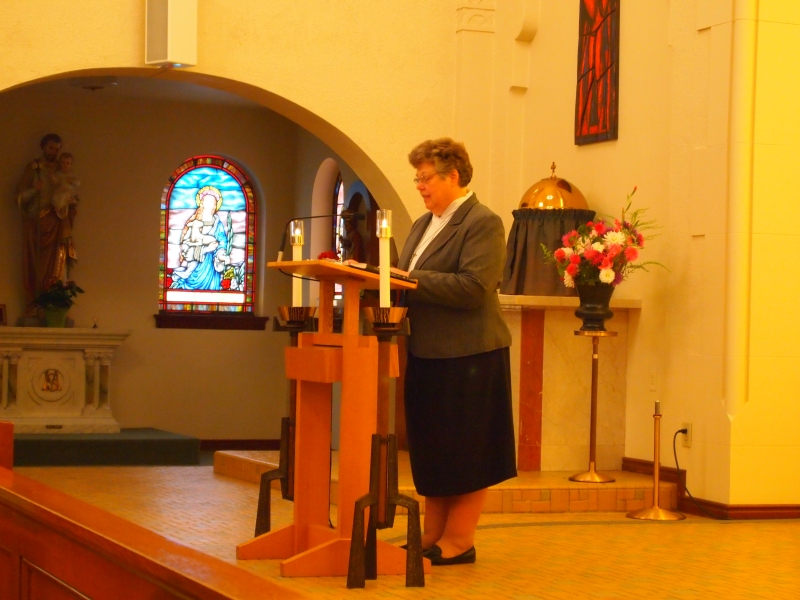 Sister Charlene Herinckx addresses the community of Sisters, family and friends of Sr. Anna Nguyen and friends of the Sisters of St. Mary of Oregon.