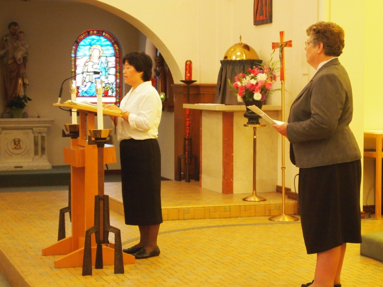 Sister Anna Nguyen thanks the Sisters of St. Mary of Oregon for helping her discern her vocation and teach her about Religious LIfe in the process.