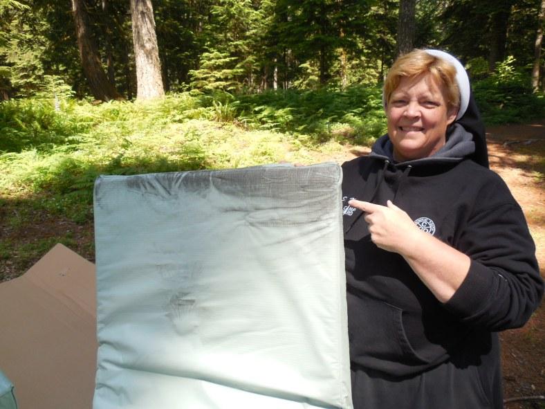 This new mattress does not pass the new mattress test!